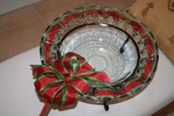 GLASS RIBBON BOWL - LARGE